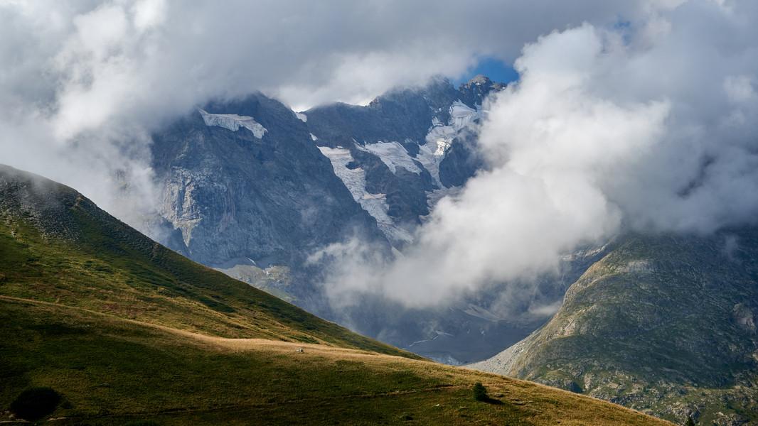 La Meije En Route from Col de Lauteret