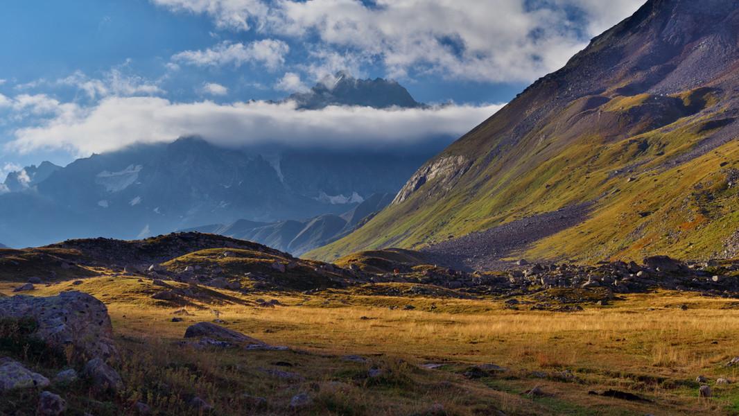 Looking Towards Montagne des Agneaux