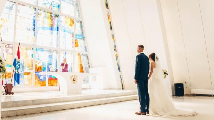Подготовка заявления о вступлении в брак (форма №8) на иностранном языке с нотариальным заверением для органа ЗАГС