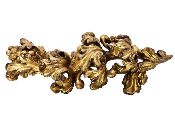 Antique French Gilded Wood Carving, Acanthus, Early 1700's