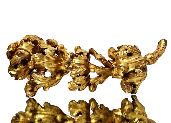 Gilded Baroque Acanthus Wood Carving, 1700's