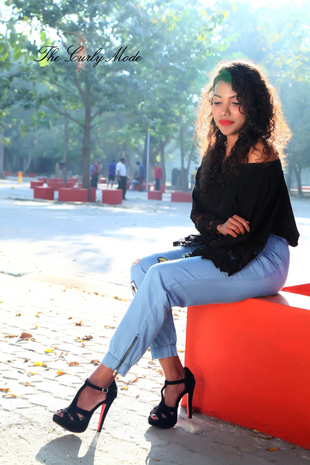 the curly mode, style blog, fashion blogger, applique