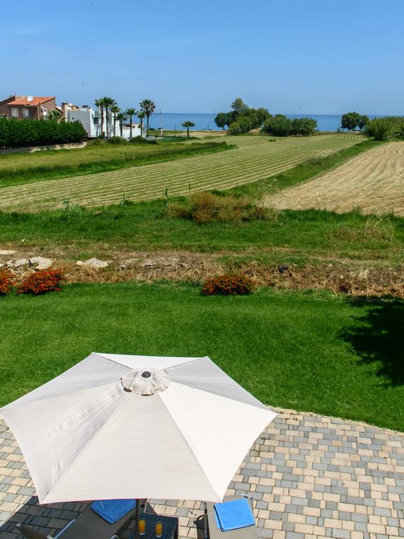 Villa Gea is located next to the beach