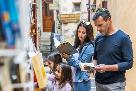 Visit small local stores hidden in a labyrinth of narrow alleys
