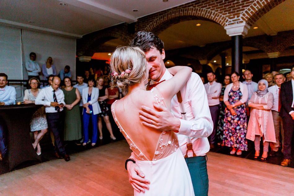 Huwelijksfotografie openingsdans