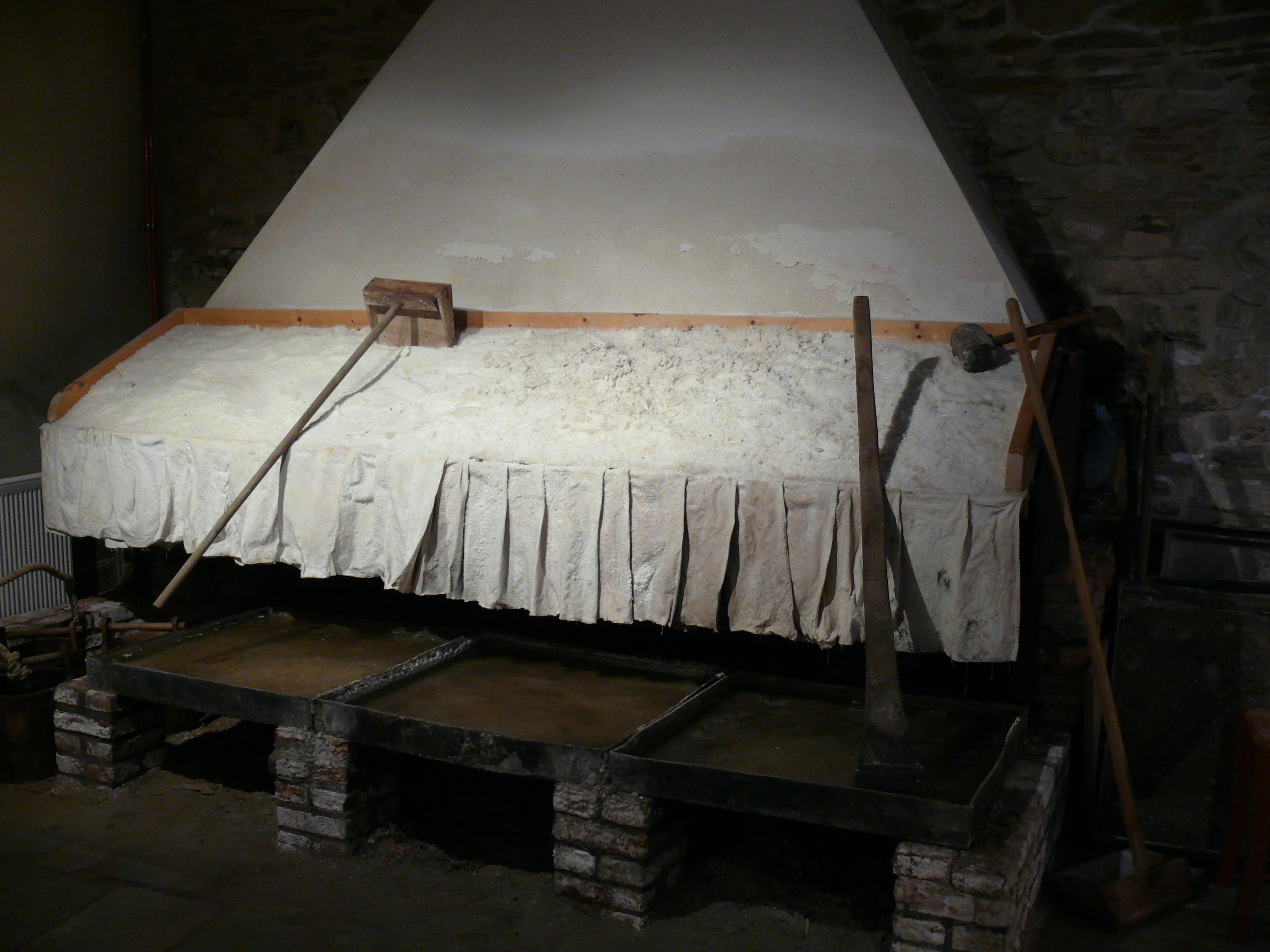 Atelier du façonneur de sel