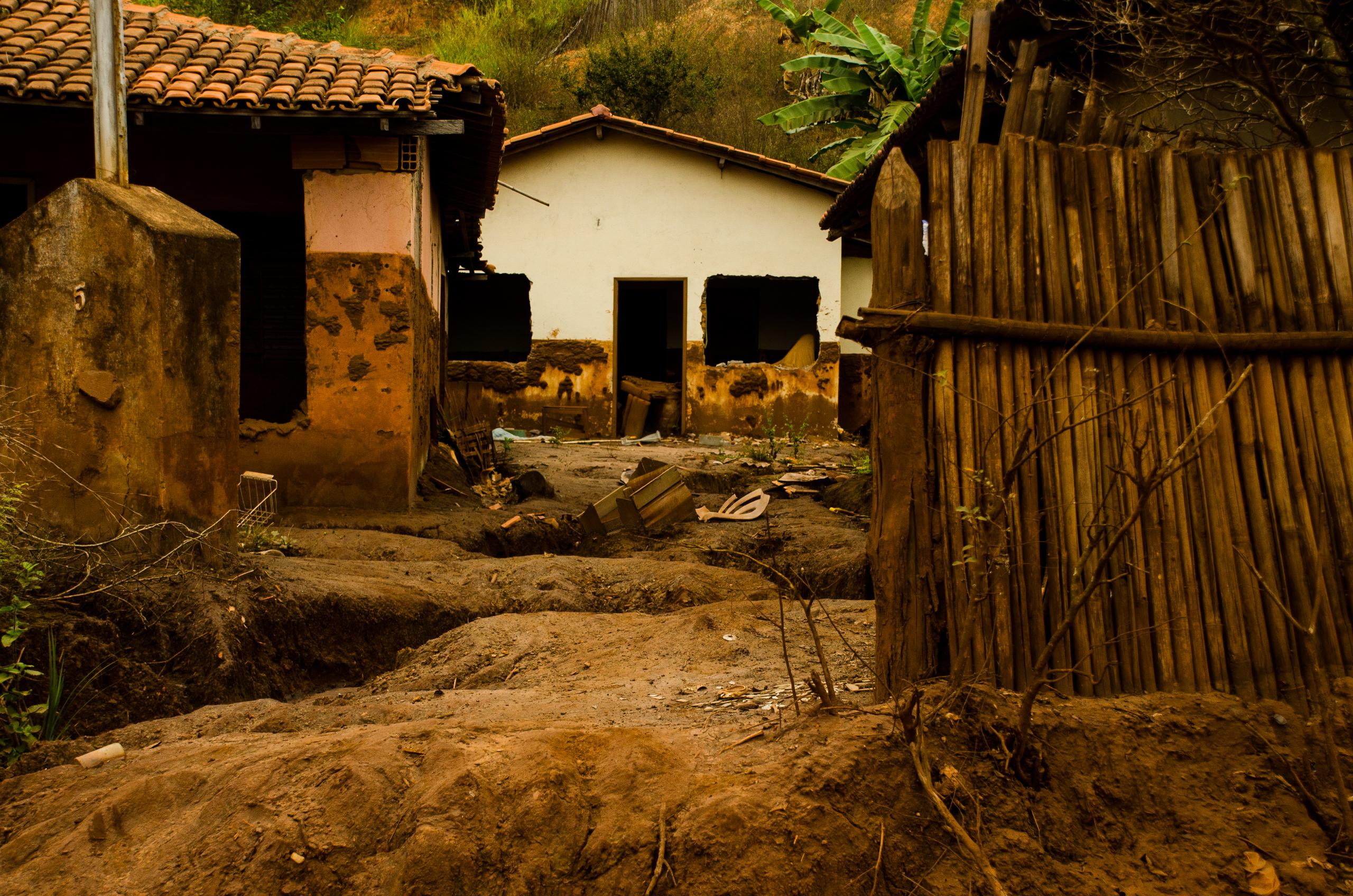 Rompimento das barragens em Mariana,
