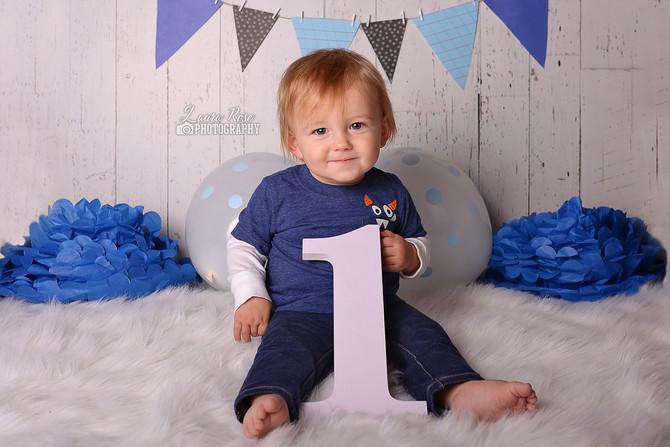 1st birthdays sessions - The BEST milestone to capture
