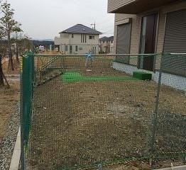 箕面森町南で緑豊かなアプローチガーデンが完成しました。