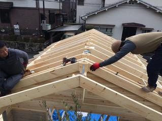 小屋づくり(屋根工事その2)