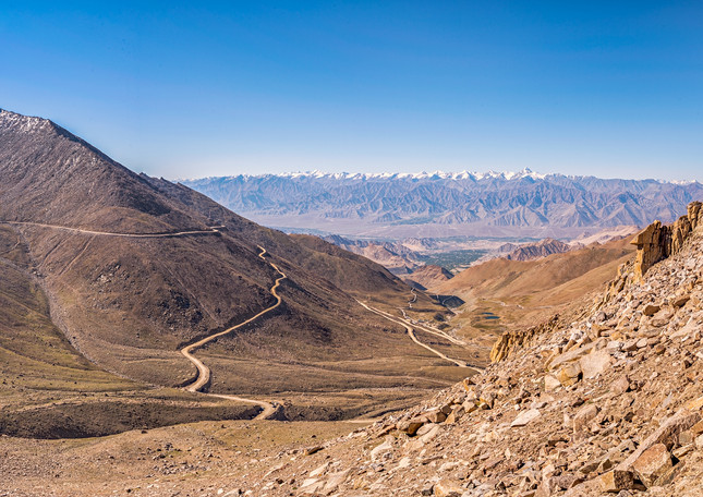 Near the top of Kardhung La