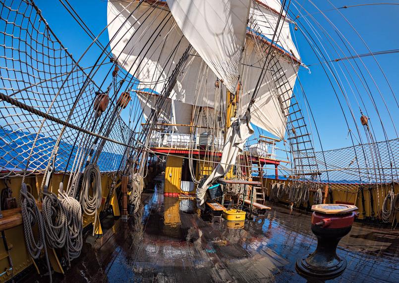 Sailing on the Drake Passage