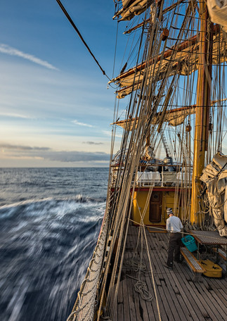 Returning on the Drake Passage