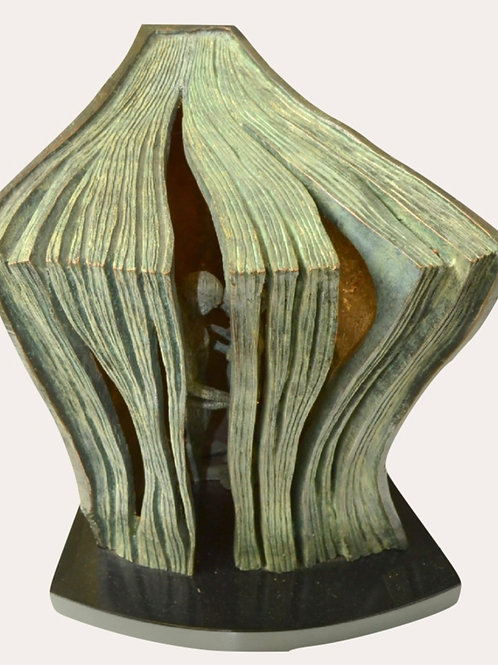 Lorenzo Quinn Sculpture-Perfect Story