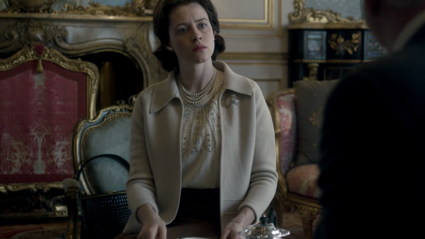 Long live the Queen (The Crown, 2016)