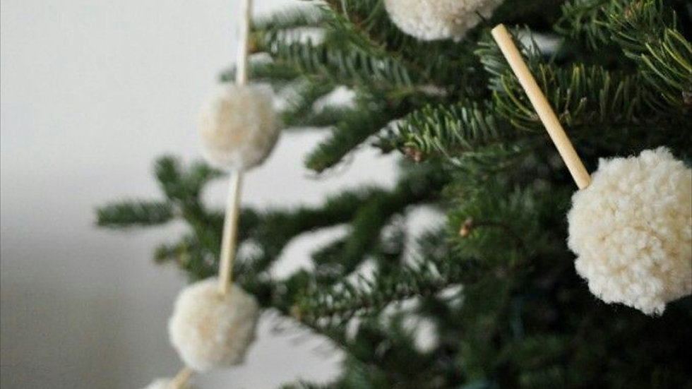 Decorative Pompom Garland