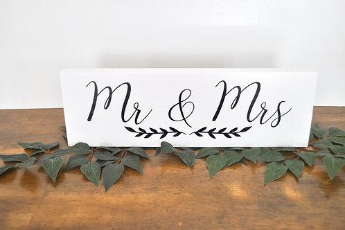 Black & White Mr & Mrs Sign