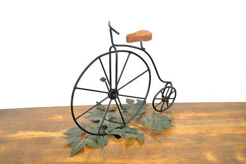 Vintage Bicycle Decor
