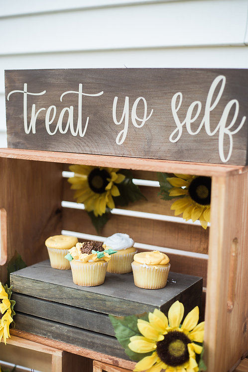 "Tan and Cream ""Treat Yo Self"" Dessert Sign"