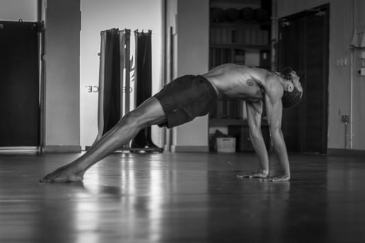Chi - Reverse Plank