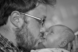 Natalia Radcliffe - Portrait Photography - Father and Newborn 2