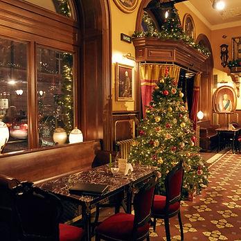 装飾されたレストラン