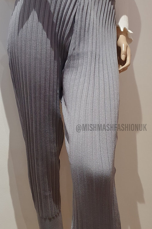Ribbed Knitted Bottoms