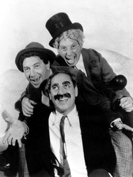 the-marx-brothers-a-night-at-the-opera-n