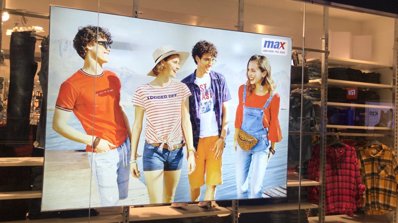 Max Fashion Window Backlit