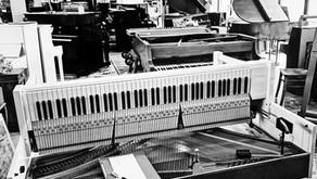 Remplacement des cordes d'un piano
