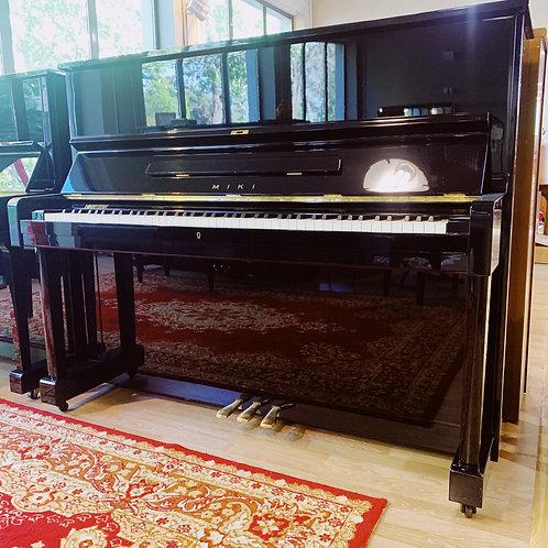 Piano Miki M1 Caen Bonnaventure Piano Face