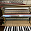 Piano Rameau modèle Chenonceau finition noyer satin vue de face mécanique