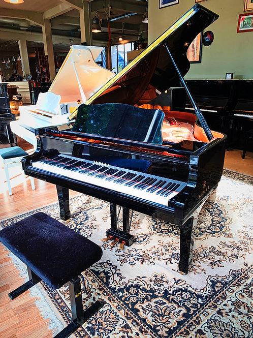 Occasion Piano à queue Yamaha Modele C3 Noir brillant Caen Bonnaventure