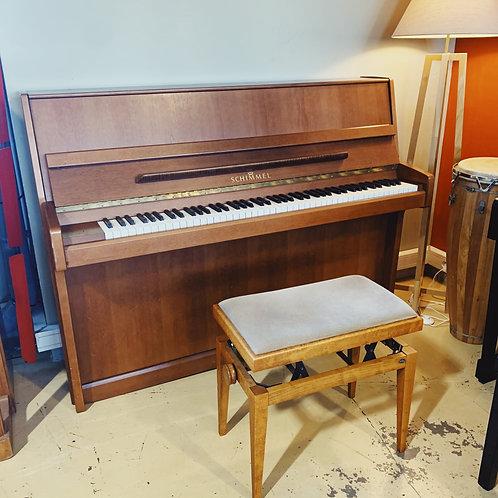 Occasion Piano droit schimmel modèle 113 Noyer satiné vue de face ouvert