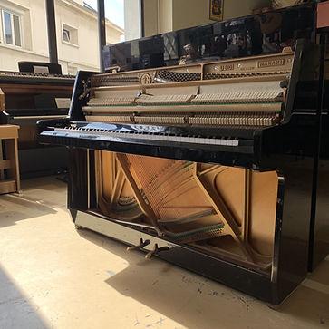 Location piano caen longue durée piano droit maeari U810 nov19