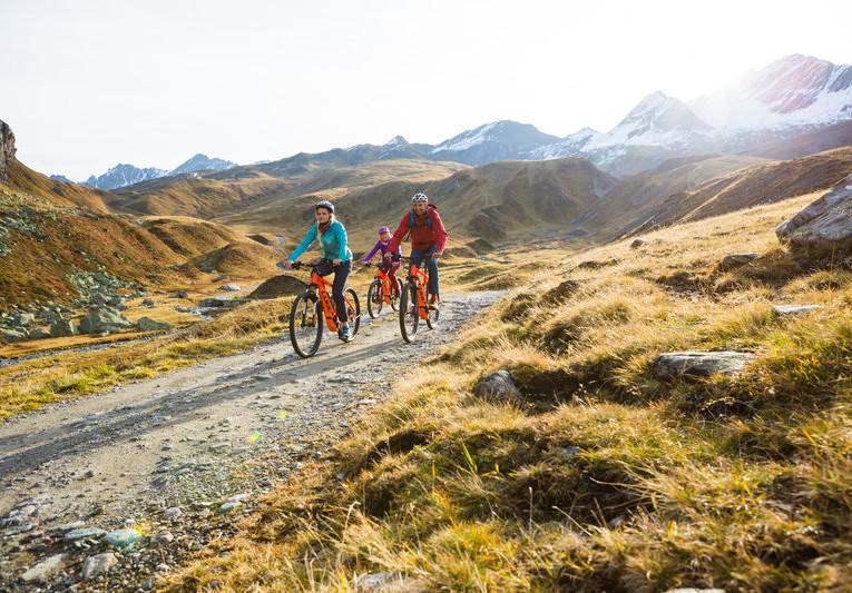 E-Bike_Tour_zur_Heilbronner_Hütte_(c)_Stefan_Kothner_-_Montafon_Tourismus_GmbH,_Schruns_(1