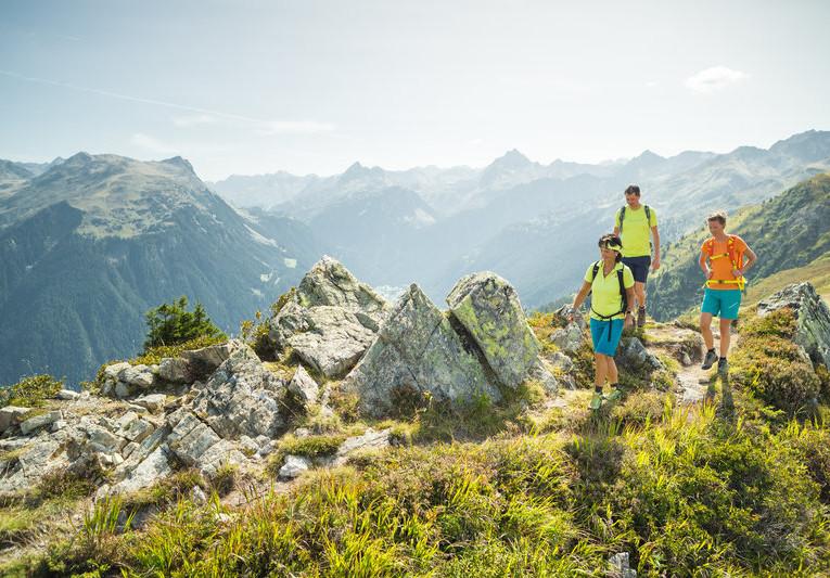 Wanderung_über_den_Gantekopf_zur_Alp_Nova_(c)_Stefan_Kothner_-_Montafon_Tourismus_GmbH.jpg
