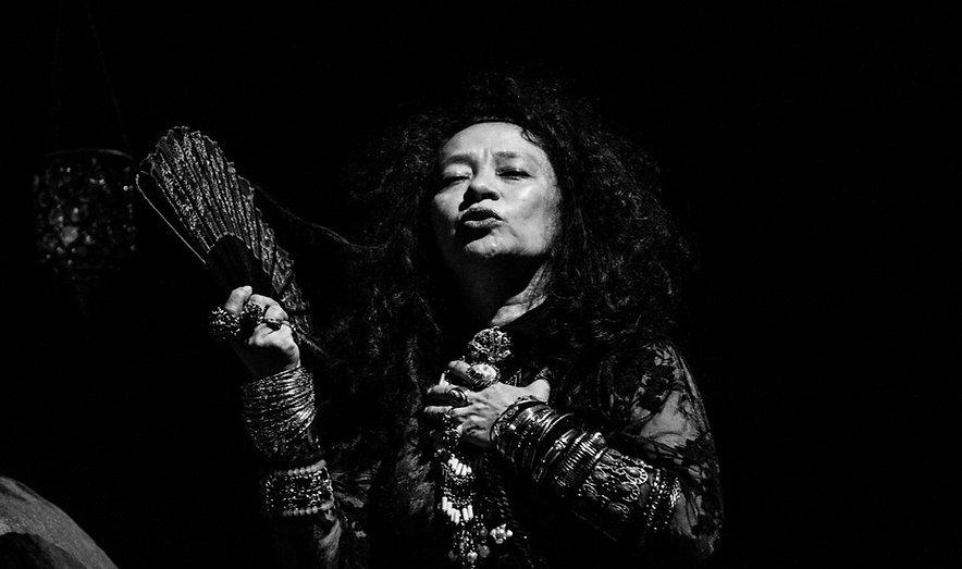 Nena Inoue. Atriz. Foto: Leandro Taques.