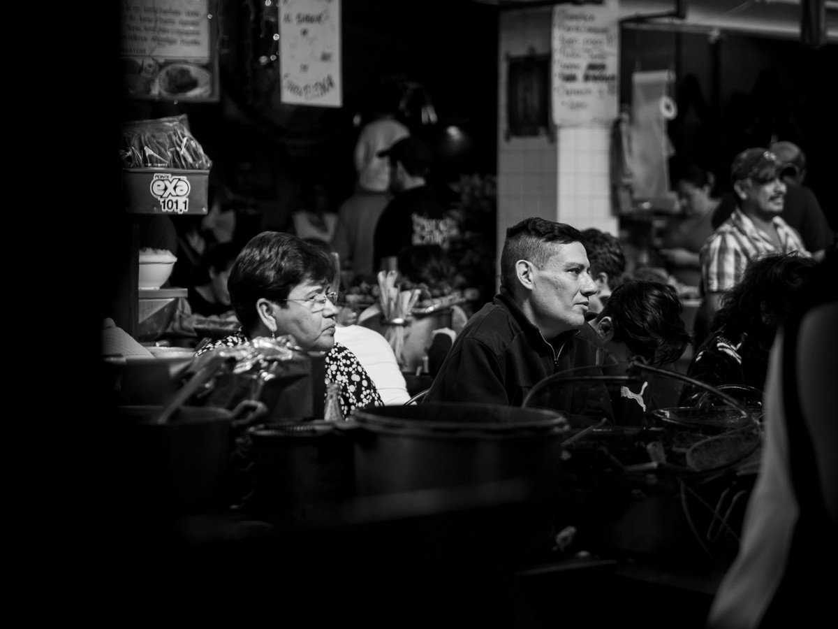 - Ballade monochromatique dans les rues mexicaines -