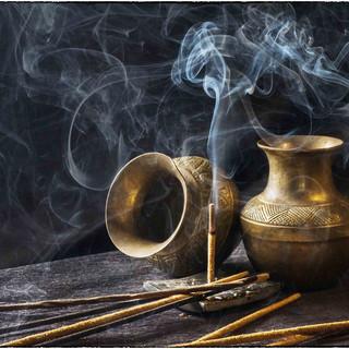 incense-1961430_1920.jpg