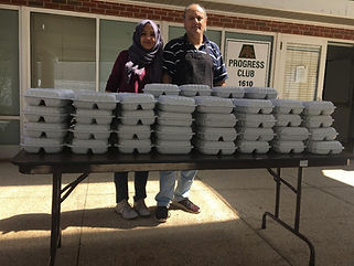 Victor and Nora with the first 100  meal