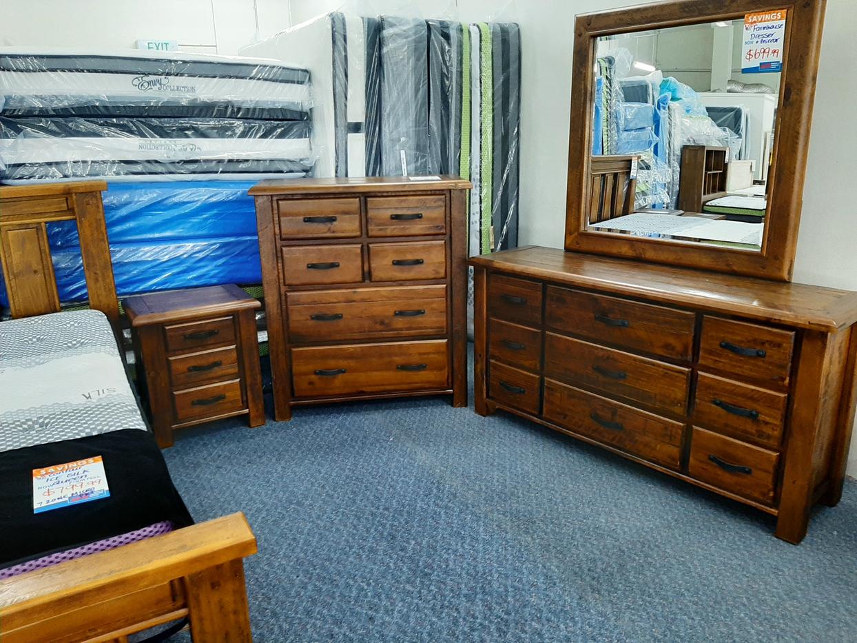 Farmhouse Bedroom Set