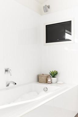 Bath in master en-suite