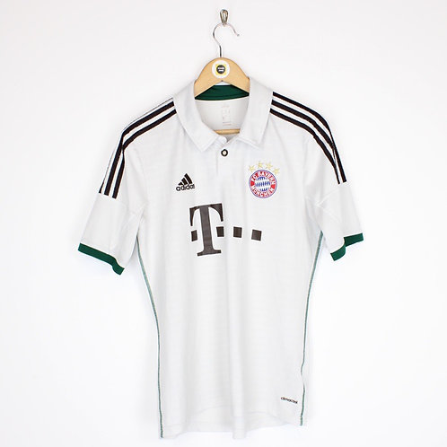 Vintage Bayern Munich 2013/14 Footy Shirt Medium