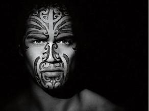 En la piel del Maorí