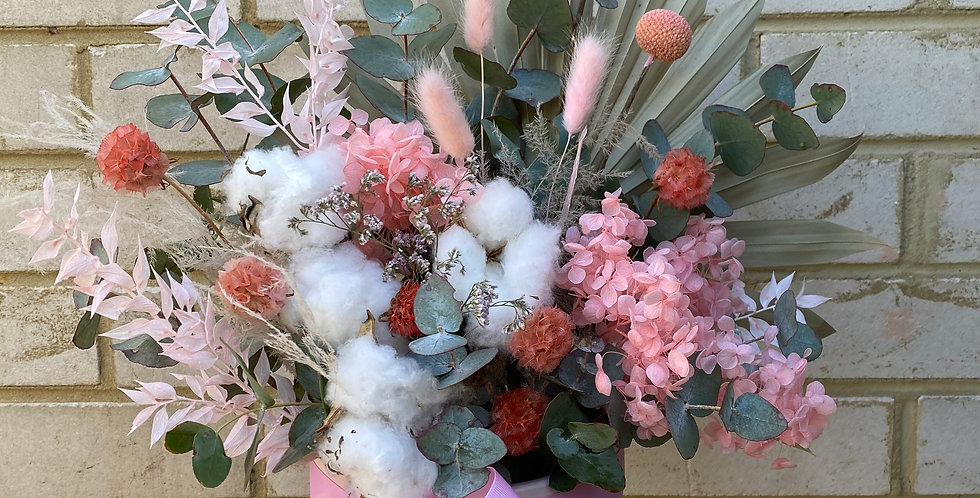 Perfect Pinks | Dried Arrangement