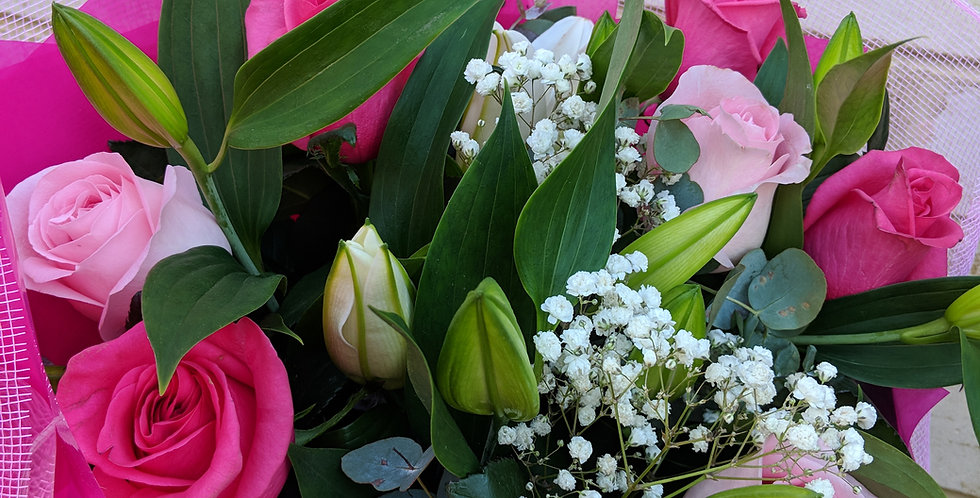 Oriental lilies and roses