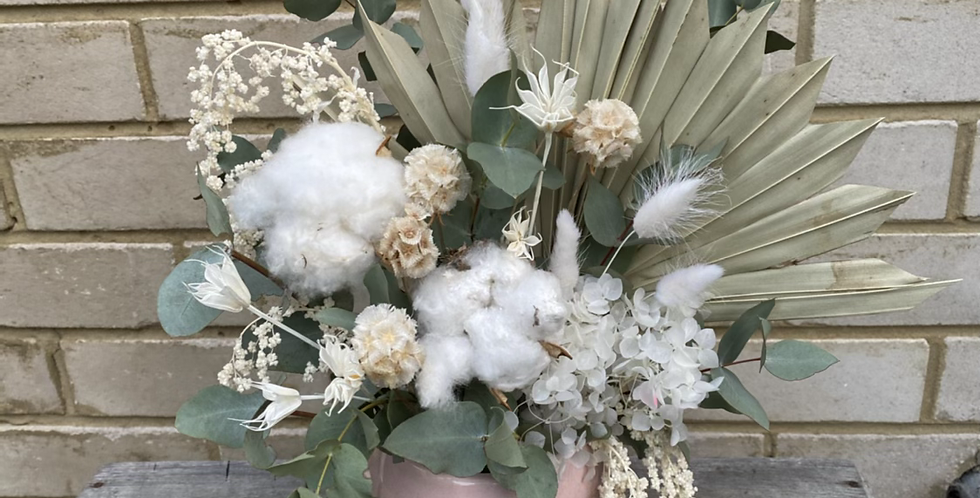Green and White | Dried Arrangement