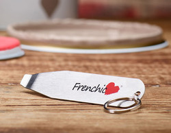 A3749-Frenchic_Can_opener_02-save