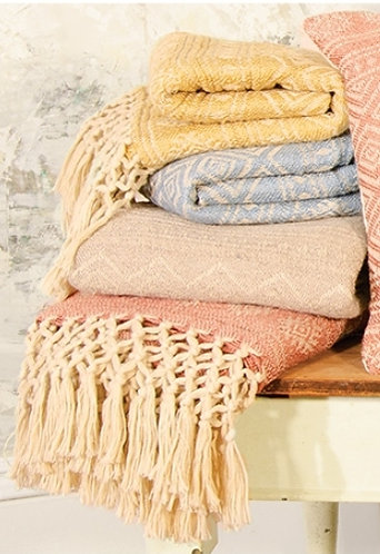 PET Yarn Throw with hand knotted fringe